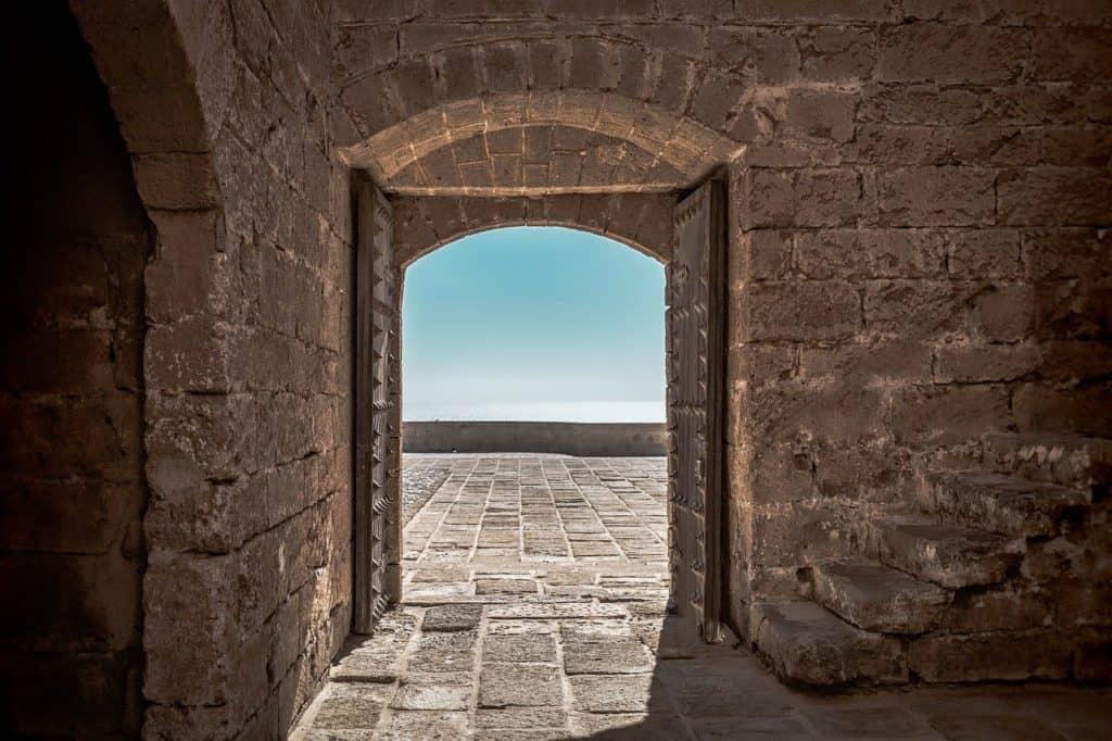 image of castle door from Dandelion Seeds